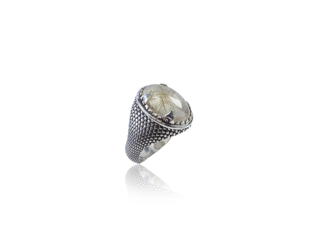 Anello in argento 925 con texture pelle di serpentee pietra di quarzo rutilato naturale
