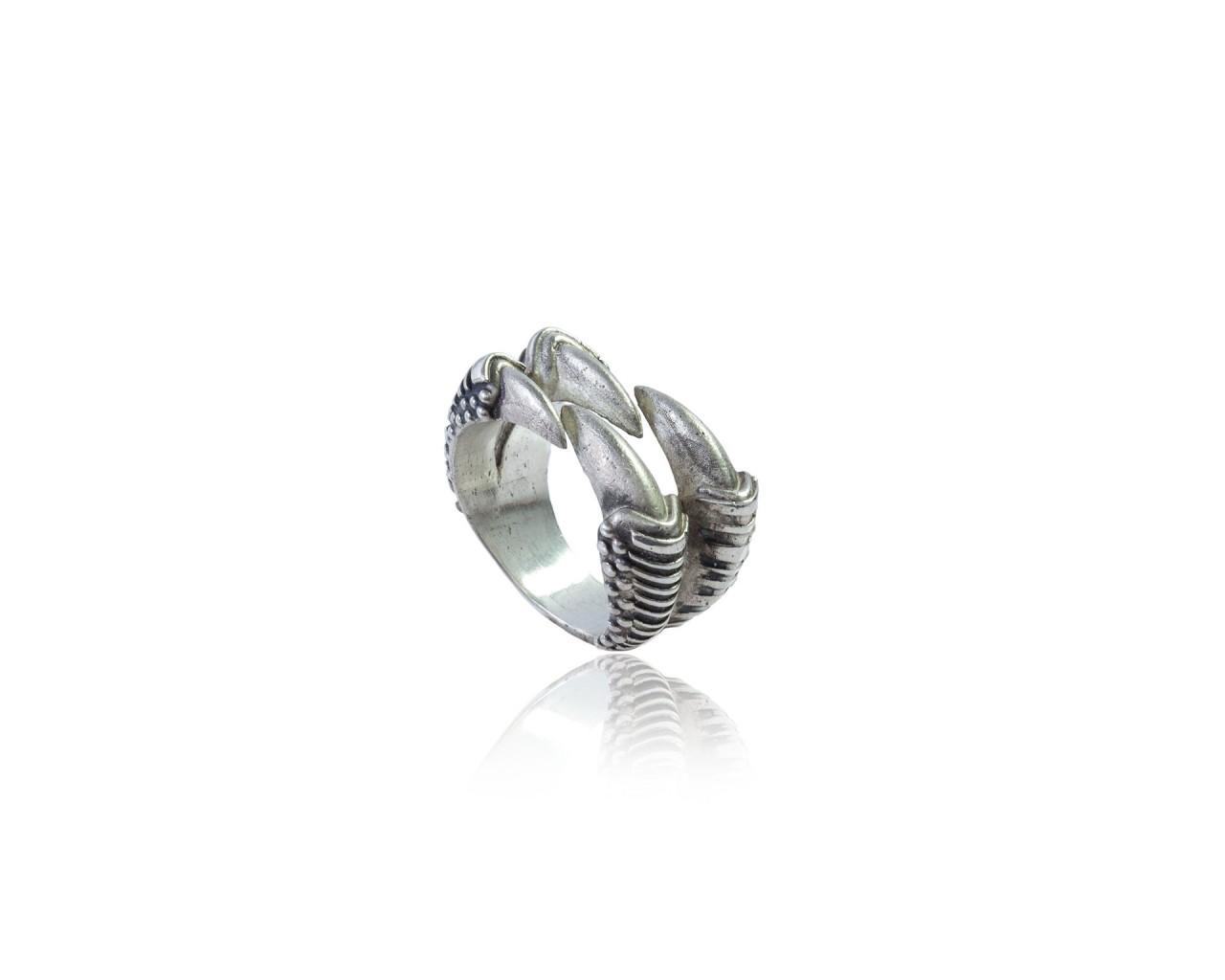 Anello in argento 925 con finitura brunita e lucidata