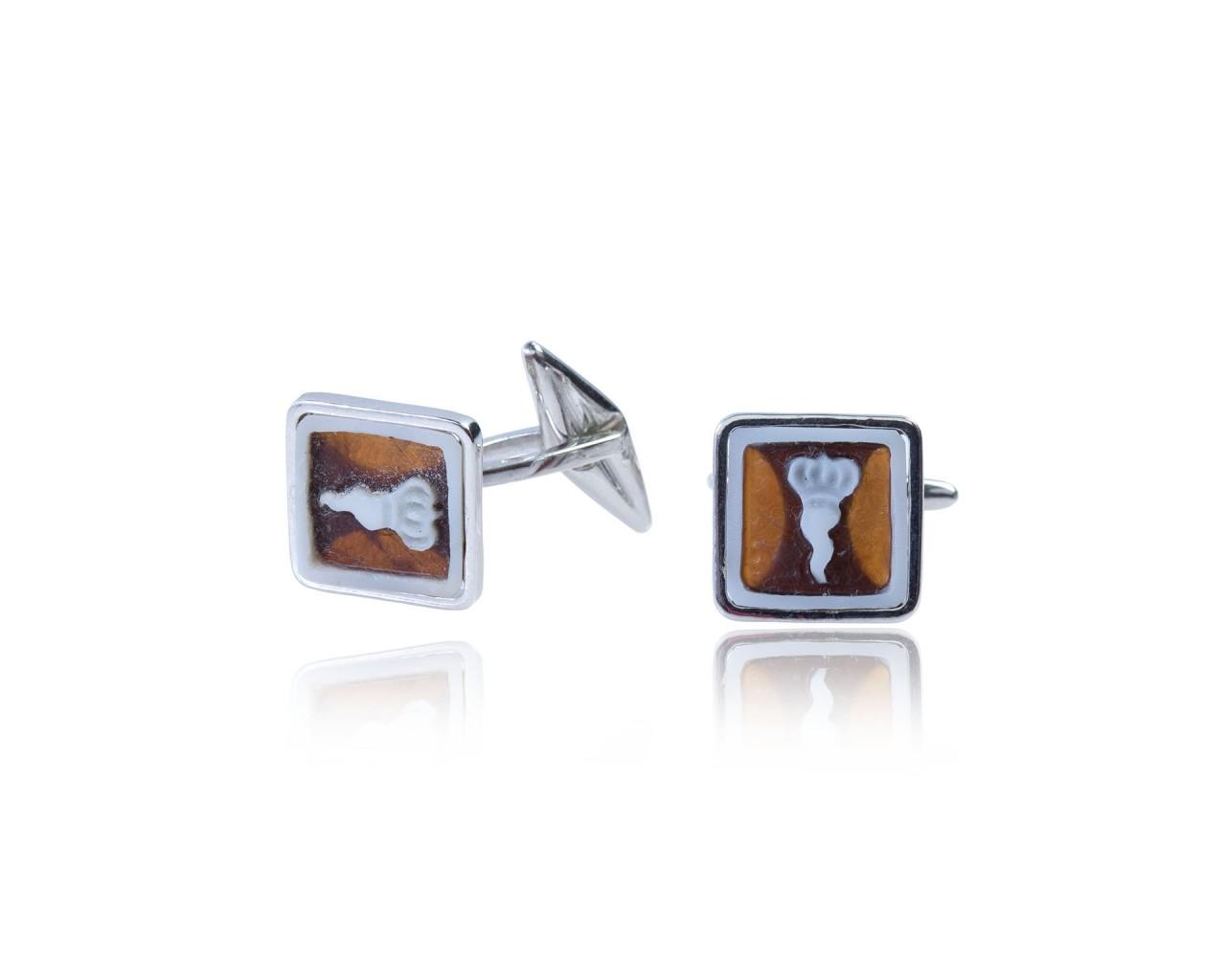 Gemelli in argento 925 con finitura rodiata e cammeo quadrato
