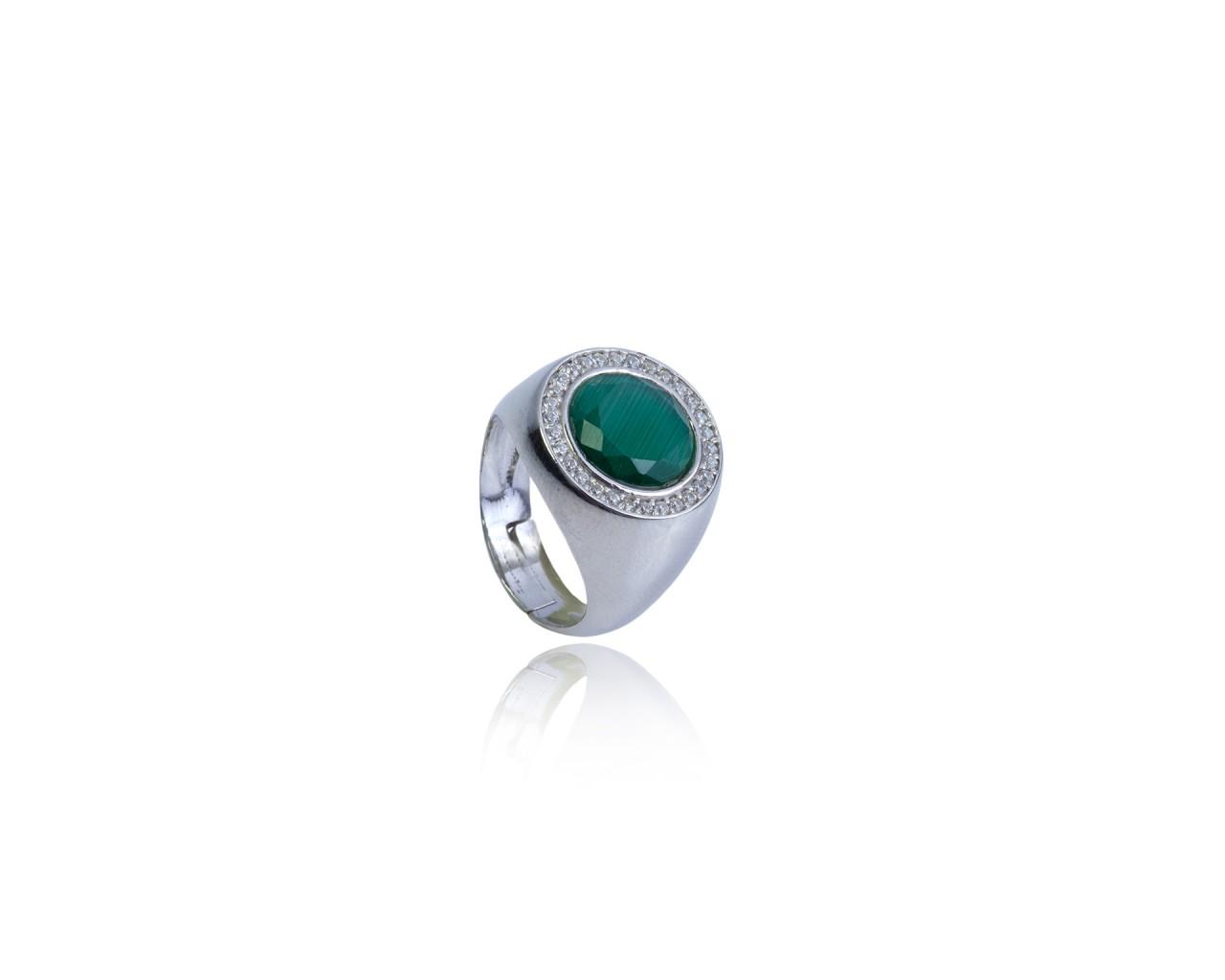 outlet 8e051 27806 Anello in argento con pietra di colore verde